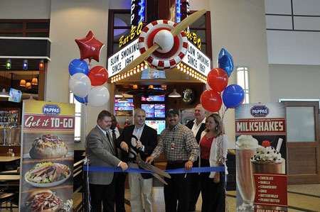 July 23 2017 Pas Restaurants Opens Their Seventh Bar B Q At William P Hobby Airport Located Within The Public Area Of